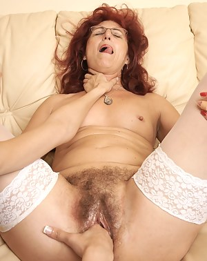 Free Mature Choking Porn Pictures