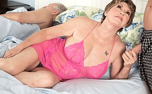 Free Mature Cuckold Porn Pictures