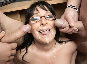 Free Cum on Mature Face Porn Pictures