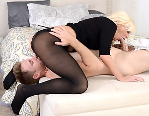 Free Mature 69 Porn Pictures